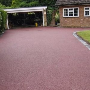 RESIN DRIVEWAYS | TARMAC DRIVEWAYS | DRIVEWAY RESURFACING | POT HOLE REPAIRS 14484919_672151562943561_6115877154803225065_n-300x300