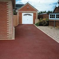 RESIN DRIVEWAYS | TARMAC DRIVEWAYS | DRIVEWAY RESURFACING | POT HOLE REPAIRS 1450416RB1-200x200