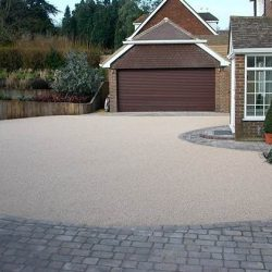 RESIN DRIVEWAYS | TARMAC DRIVEWAYS | DRIVEWAY RESURFACING | POT HOLE REPAIRS 1585798IMG_0231-250x250