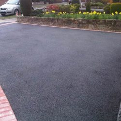 RESIN DRIVEWAYS | TARMAC DRIVEWAYS | DRIVEWAY RESURFACING | POT HOLE REPAIRS 2240732IMG_0568-250x250