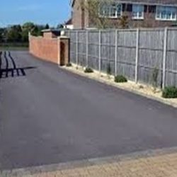 RESIN DRIVEWAYS | TARMAC DRIVEWAYS | DRIVEWAY RESURFACING | POT HOLE REPAIRS 4751737image8-250x250