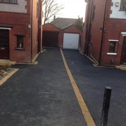 RESIN DRIVEWAYS | TARMAC DRIVEWAYS | DRIVEWAY RESURFACING | POT HOLE REPAIRS 5089350Tramac-250x250