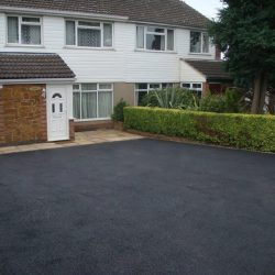 Tarmac Driveways | Resin Driveways | Manchester ABOUT US