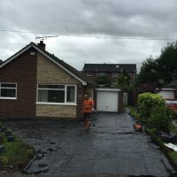 RESIN DRIVEWAYS | TARMAC DRIVEWAYS | DRIVEWAY RESURFACING | POT HOLE REPAIRS IMG_1295-200x200