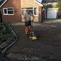 RESIN DRIVEWAYS | TARMAC DRIVEWAYS | DRIVEWAY RESURFACING | POT HOLE REPAIRS IMG_1296-200x200