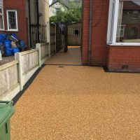 RESIN DRIVEWAYS | TARMAC DRIVEWAYS | DRIVEWAY RESURFACING | POT HOLE REPAIRS IMG_1300-200x200