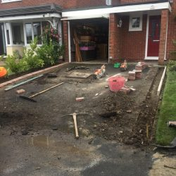 RESIN DRIVEWAYS | TARMAC DRIVEWAYS | DRIVEWAY RESURFACING | POT HOLE REPAIRS image3-250x250
