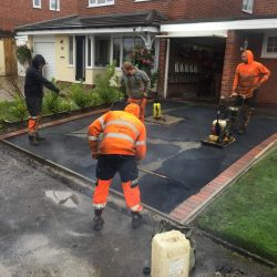 RESIN DRIVEWAYS | TARMAC DRIVEWAYS | DRIVEWAY RESURFACING | POT HOLE REPAIRS image5-250x250