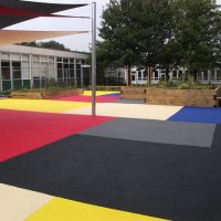RESIN DRIVEWAYS | TARMAC DRIVEWAYS | DRIVEWAY RESURFACING | POT HOLE REPAIRS rsz_rubber_crumb_surfacing-200x200